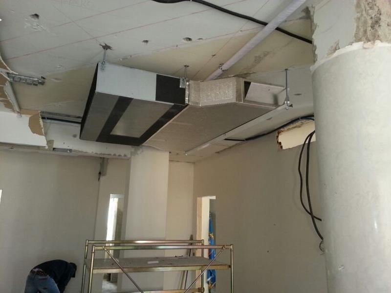 Impianto a pavimento in pex giacomini for Impianto condizionamento canalizzato